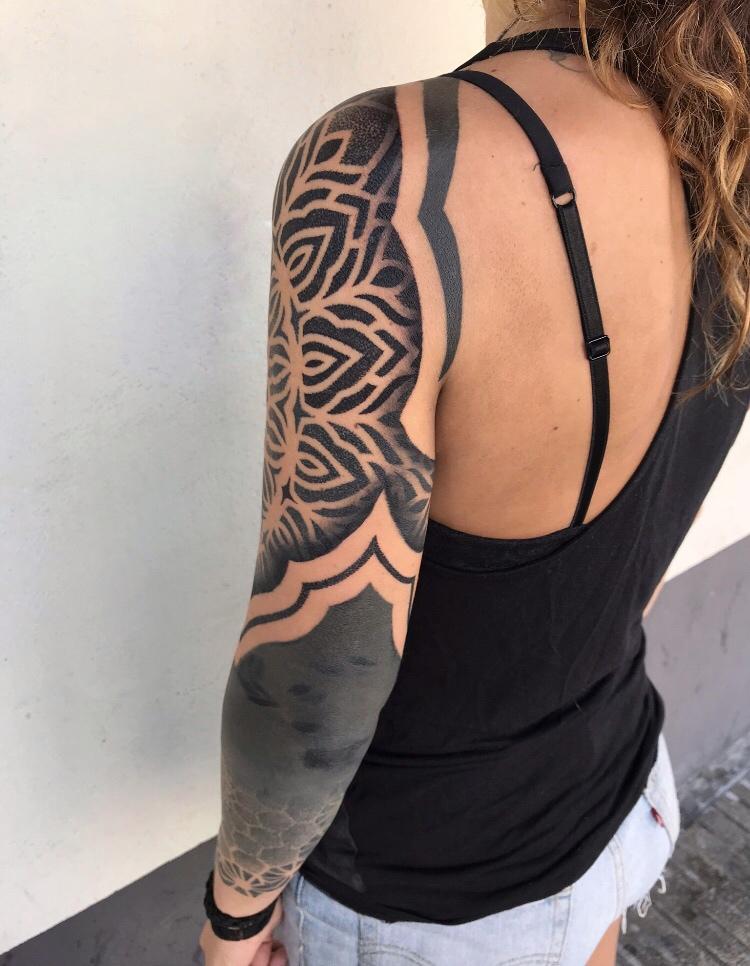 tatuaje-geometrico-en-pamplona16