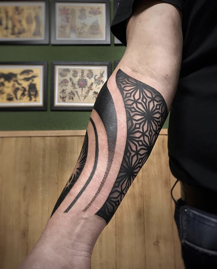 tatuaje-geometrico-en-pamplona8
